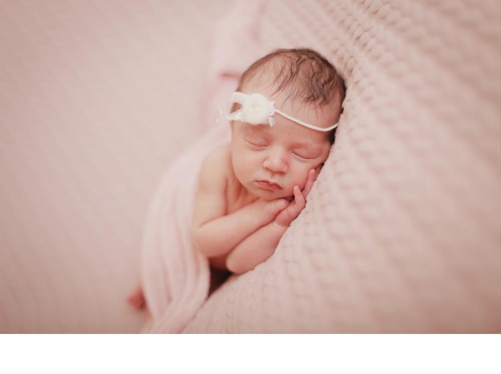 newborn and family_0013