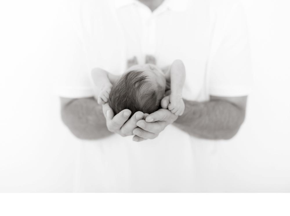 newborn and family_0016