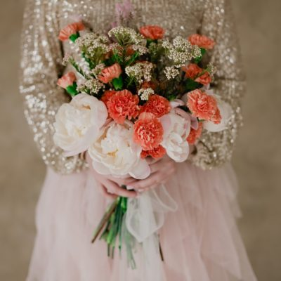 florist portfolio | floral styled shoot with bridal bouquets and crowns