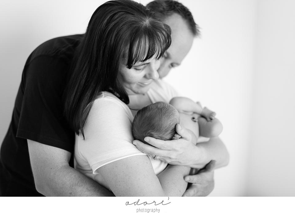 baby-led posing newborn