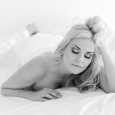 boudoir photo shoot in studio